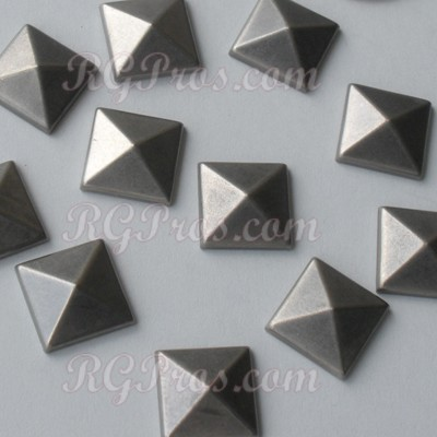 RG Convex Pyramid Nailheads Hot Fix - Antique Silver